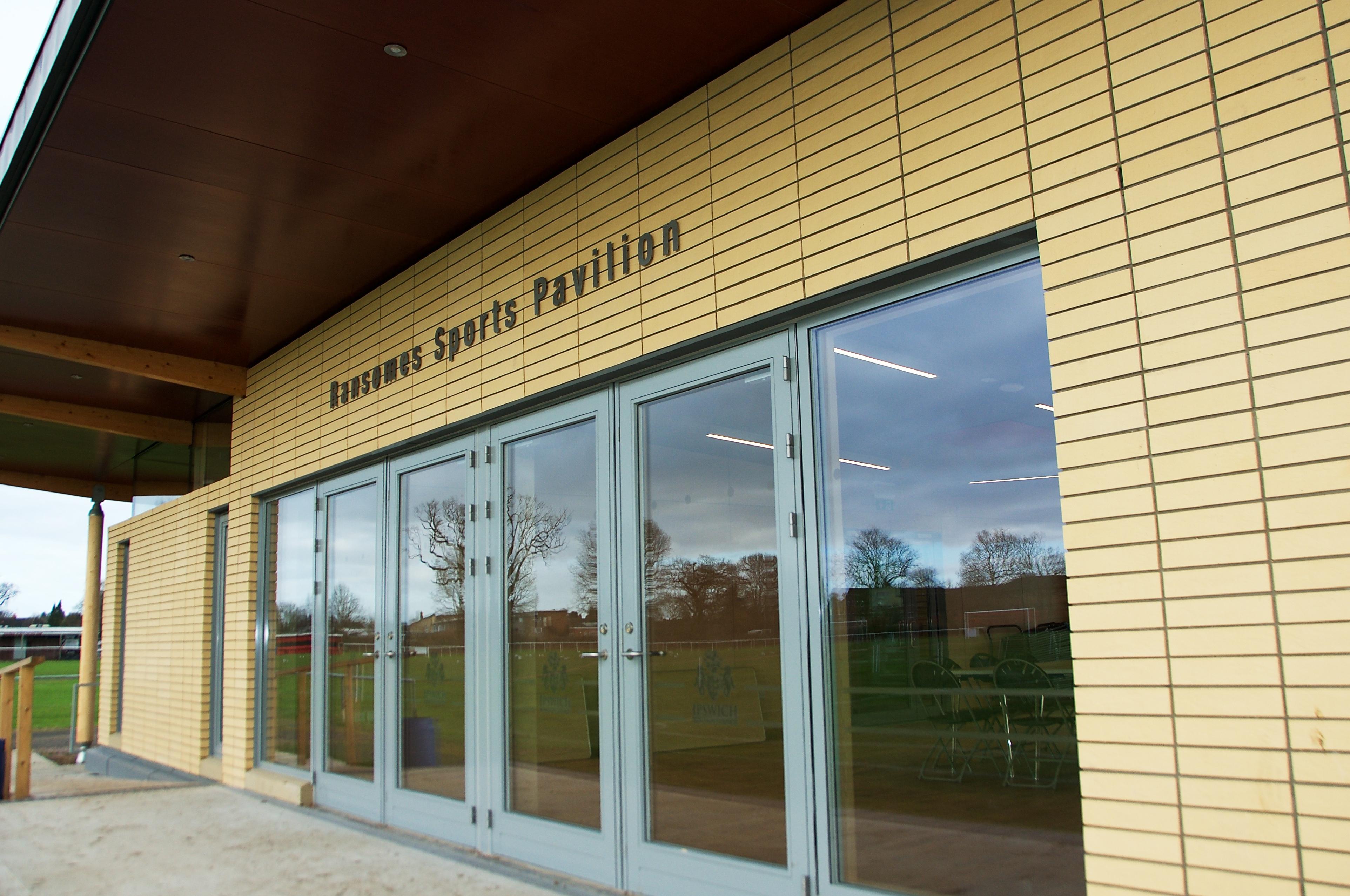 Ransomes S Pavilion CK 1360
